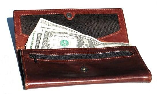 SMS ile yaptığınız işlemden sonra size gelen bireysel kredi ön onay mesajı ile ilgili bankanın şubesine gitmeniz yeterlidir.