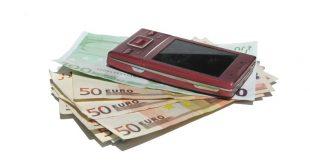 Tüm bankalardan olan mobil bankacılık hizmeti artık hayatımızın vazgeçilmez bir parçası halini almıştır.