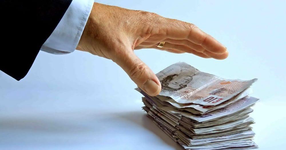 Diğer bankalarda hali hazırda çektiğiniz krediler, kredi kartları ve açık hesaplar gibi unsurlar öncelikle bankaların alacakları olarak değerlendirilir.